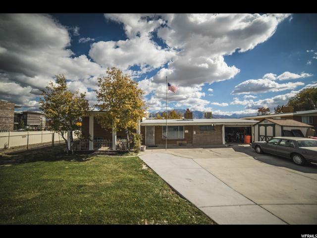 10879 S Redwood Rd W, South Jordan, UT 84095 (#1492877) :: The Utah Homes Team with HomeSmart Advantage