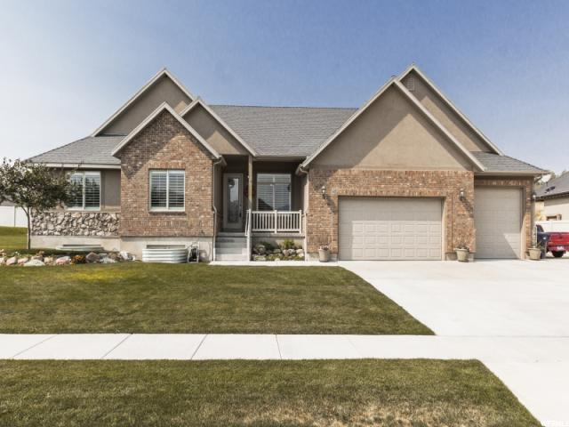 15682 S Thunder Gulch, Bluffdale, UT 84065 (#1493127) :: The Utah Homes Team with HomeSmart Advantage