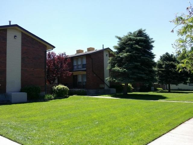 458 N 800 W 1 & 2, Salt Lake City, UT 84116 (#1493182) :: RE/MAX Equity