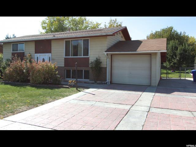 6712 S Dixie Dr, West Jordan, UT 84084 (#1493342) :: The Utah Homes Team with HomeSmart Advantage