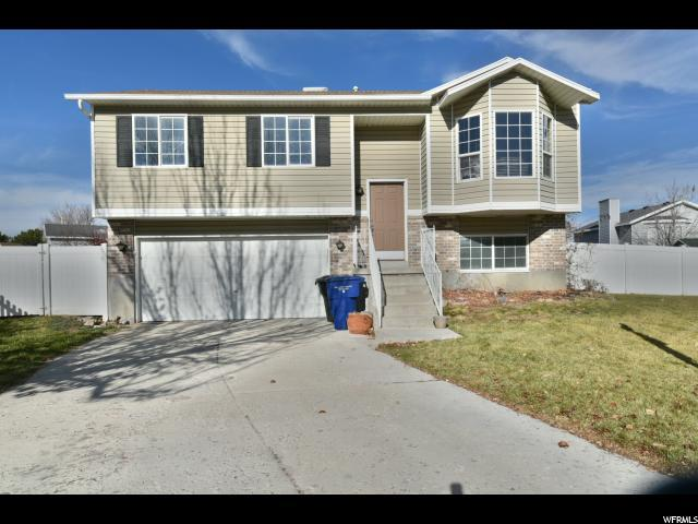 8126 W Old Pond Ct S, Magna, UT 84044 (#1493356) :: The Utah Homes Team with HomeSmart Advantage