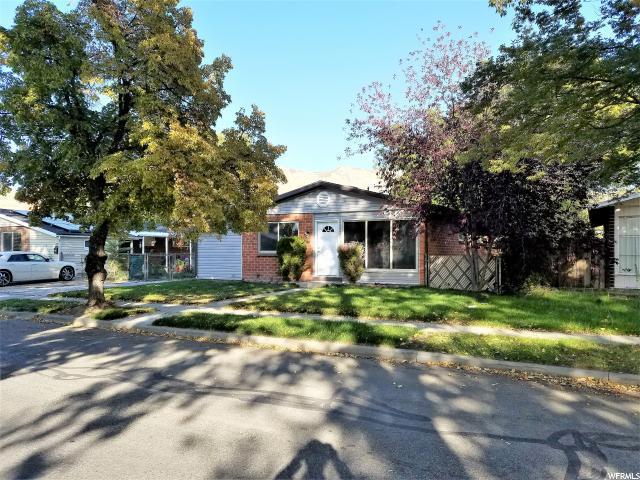1076 N Taffeta Dr W, Salt Lake City, UT 84116 (#1493422) :: RE/MAX Equity
