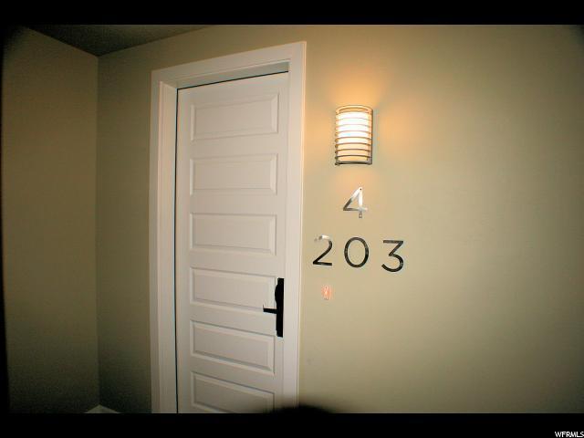 5228 W Villa Dr 4-203, Hurricane, UT 84737 (#1493601) :: Bustos Real Estate | Keller Williams Utah Realtors