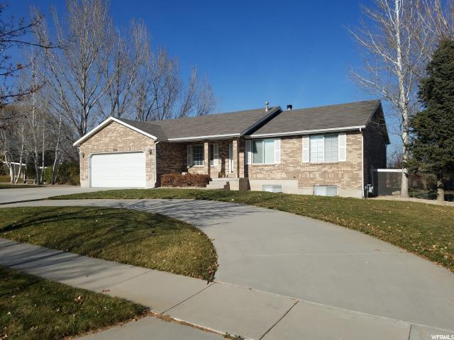 2840 Country Classic Dr, Bluffdale, UT 84065 (#1495852) :: Colemere Realty Associates