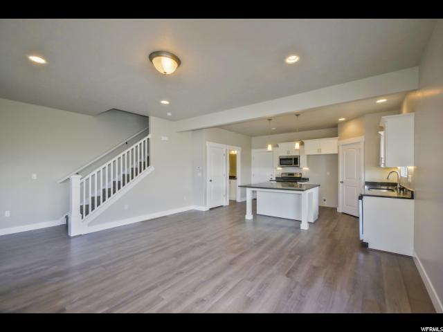 3848 E Cunninghill Dr, Eagle Mountain, UT 84005 (#1495982) :: R&R Realty Group