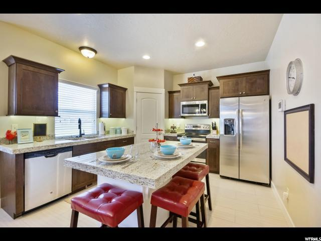 3836 E Cunninghill Dr, Eagle Mountain, UT 84005 (#1495996) :: R&R Realty Group