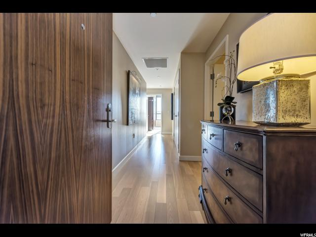 99 W South Temple St #1202, Salt Lake City, UT 84101 (#1498781) :: The Fields Team