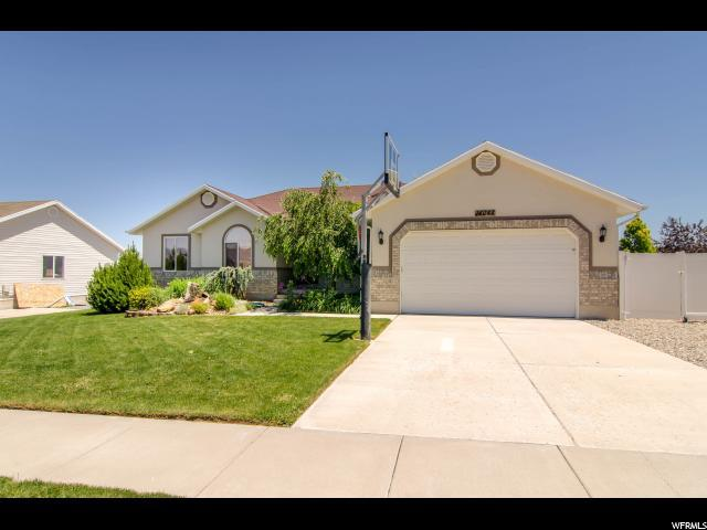 14047 S Mill Canyon Peak Dr W, Riverton, UT 84096 (#1500128) :: Exit Realty Success