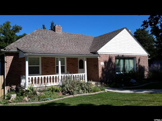 2041 E Lincoln Ln S, Holladay, UT 84124 (#1500427) :: Bustos Real Estate | Keller Williams Utah Realtors