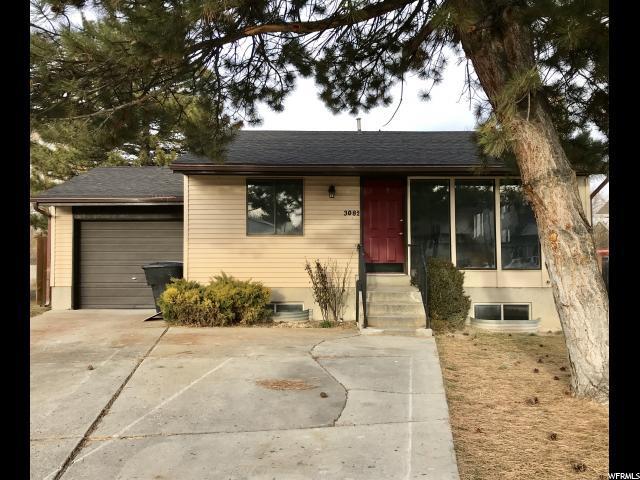3082 W Havea Cir S, Taylorsville, UT 84129 (#1500597) :: Bustos Real Estate | Keller Williams Utah Realtors