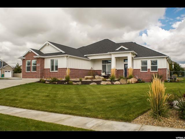 1552 W 650 S, Layton, UT 84041 (#1500933) :: Home Rebates Realty