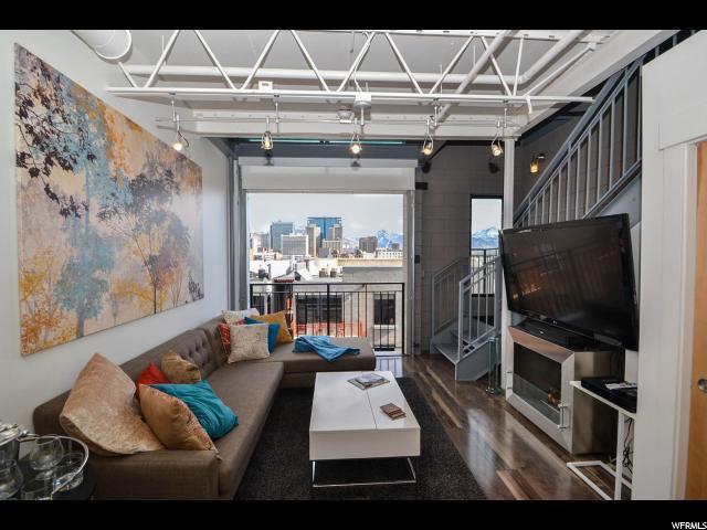 360 W 300 S #612, Salt Lake City, UT 84101 (#1501695) :: Bustos Real Estate | Keller Williams Utah Realtors