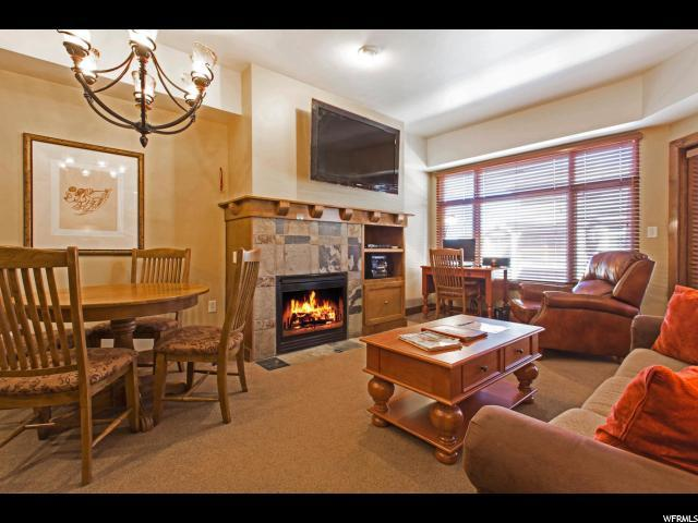3720 N Sundial Ct C211, Park City, UT 84098 (#1501958) :: Bustos Real Estate | Keller Williams Utah Realtors