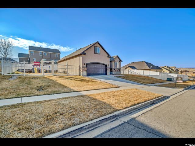 2227 S Western Dr W, Saratoga Springs, UT 84045 (#1505070) :: The Utah Homes Team with iPro Realty Network