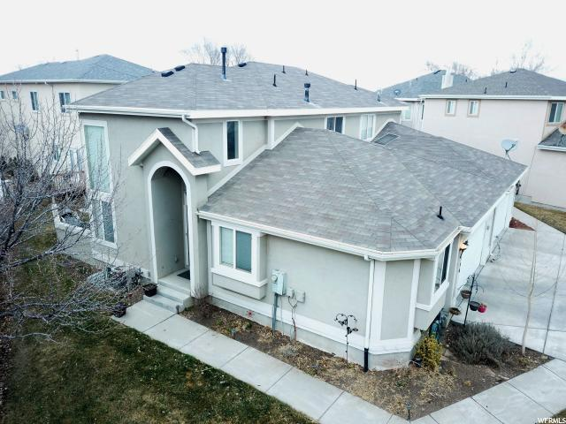 356 E Bayside Dr S, Saratoga Springs, UT 84045 (#1505152) :: The Utah Homes Team with iPro Realty Network