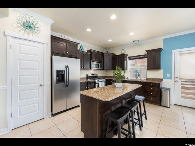 3742 W Periwinkle Dr S, South Jordan, UT 84095 (#1505815) :: The Utah Homes Team with iPro Realty Network