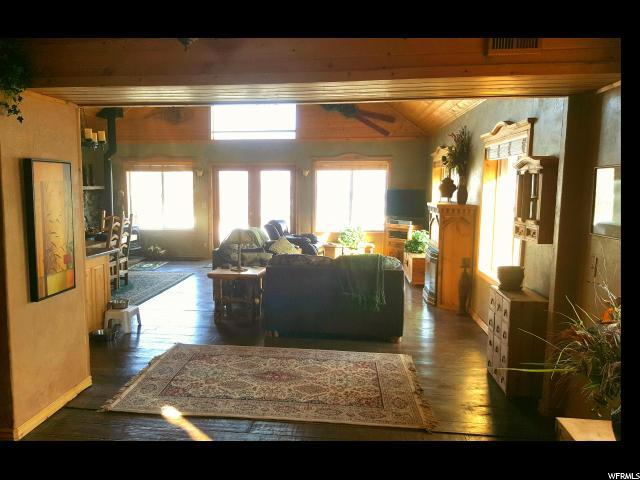 1360 Lucerne Dr 43-45, Midway, UT 84049 (MLS #1506802) :: High Country Properties