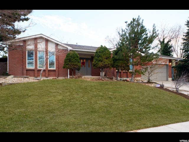 1942 E Parkridge Dr, Cottonwood Heights, UT 84121 (#1507038) :: Action Team Realty