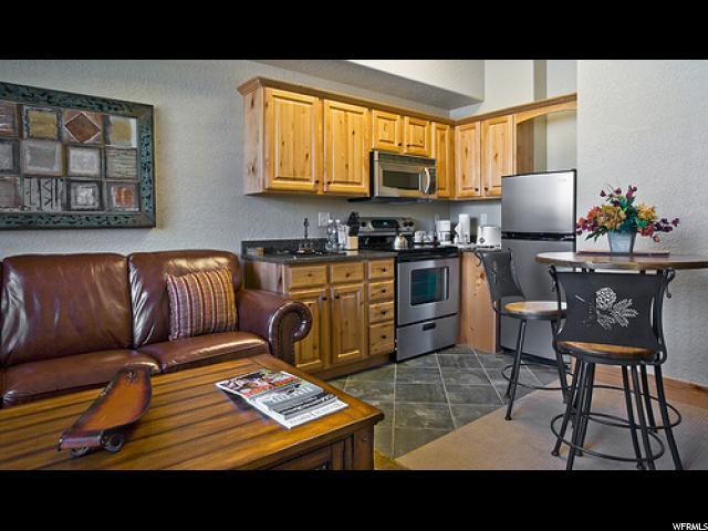 2669 Canyons Resort Dr #405, Park City, UT 84098 (#1510063) :: goBE Realty