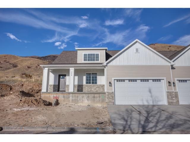 250 N Queensland Ct, Lindon, UT 84042 (#1510613) :: The Utah Homes Team with iPro Realty Network