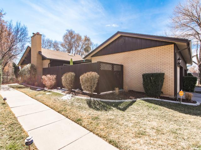 2238 E 4000 S, Holladay, UT 84124 (#1510962) :: Colemere Realty Associates