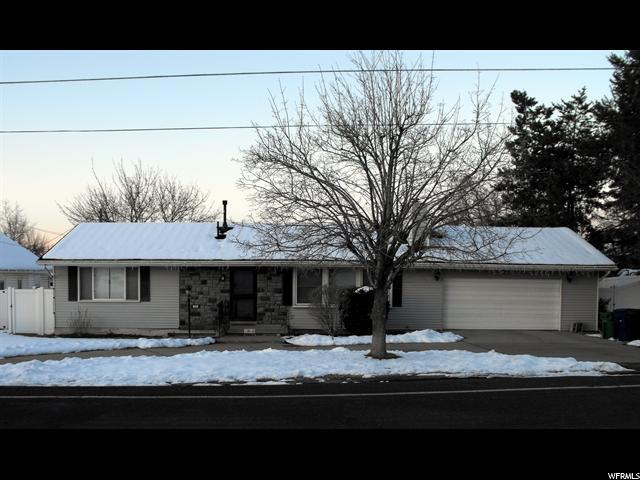 1885 E 7200 S, Cottonwood Heights, UT 84121 (#1511092) :: Colemere Realty Associates
