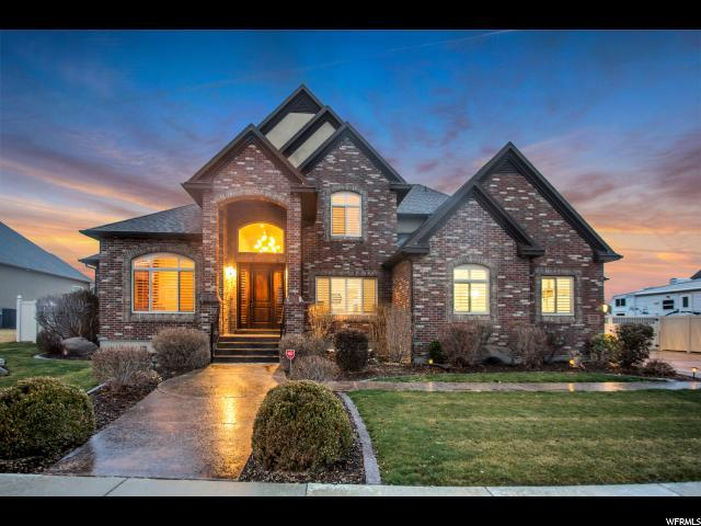 2124 W Meridies Dr S, South Jordan, UT 84095 (#1511236) :: Colemere Realty Associates