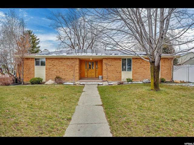 2975 E Cardiff Rd S, Cottonwood Heights, UT 84121 (#1511555) :: Colemere Realty Associates