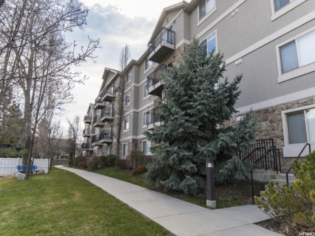 1230 E Privet Dr #428, Cottonwood Heights, UT 84121 (#1512570) :: KW Utah Realtors Keller Williams