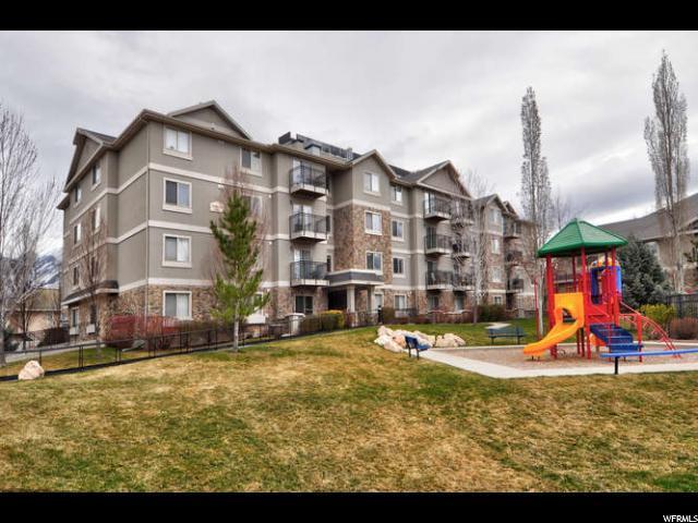 1230 E Privet Dr S #323, Cottonwood Heights, UT 84121 (#1512634) :: KW Utah Realtors Keller Williams