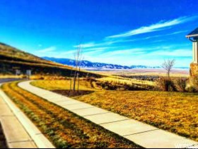 688 E Oakridge Res, Tooele, UT 84074 (#1512952) :: Big Key Real Estate