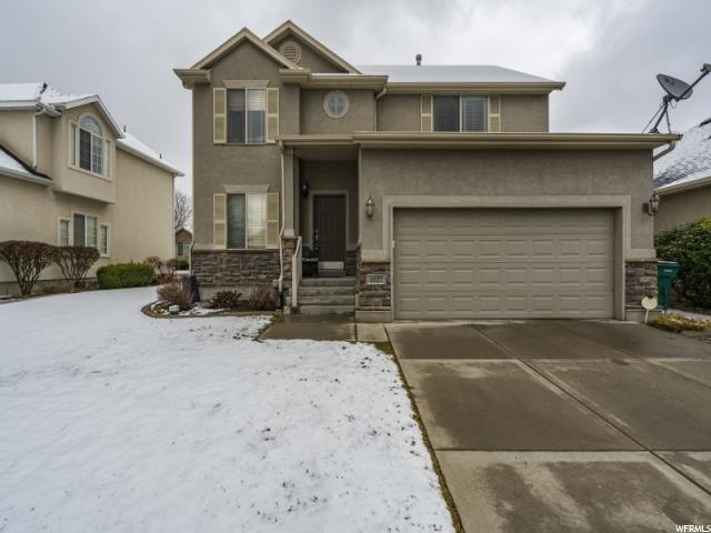 1027 E Wyndom Way, Layton, UT 84040 (#1513425) :: The Fields Team