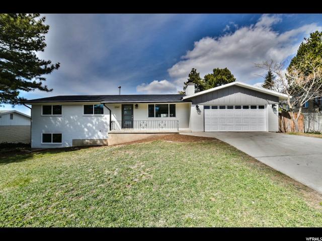 2347 E Cardinal Way S, Cottonwood Heights, UT 84121 (#1514084) :: goBE Realty