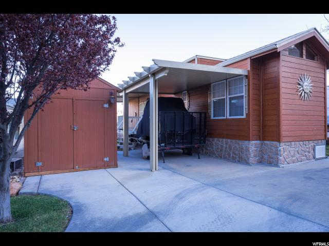 85 Redbluff Dr, Hurricane, UT 84737 (#1514368) :: The Fields Team