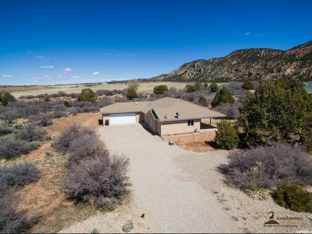 798 Wipishani Ln, New Harmony, UT 84757 (#1514457) :: The Fields Team