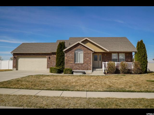 3573 N 3050 W, Farr West, UT 84404 (#1514944) :: Exit Realty Success