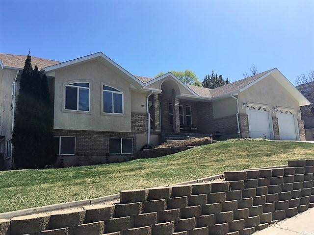 166 Beacon Dr N, Cedar City, UT 84720 (#1515139) :: Exit Realty Success