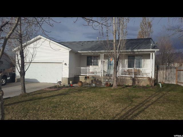 829 E Valley View Dr N, Tooele, UT 84074 (#1516703) :: Exit Realty Success