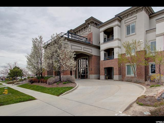 2665 E Parleys Way S #212, Salt Lake City, UT 84109 (#1517184) :: Bustos Real Estate | Keller Williams Utah Realtors