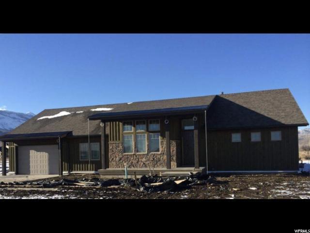 3820 E Sheep Creek Xing, Liberty, UT 84310 (#1517875) :: Keller Williams Legacy
