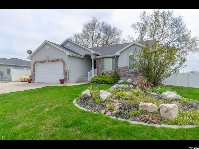 1843 W 1390 S, Syracuse, UT 84075 (#1518210) :: The Fields Team