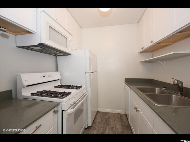 5511 S Willow Ln E B, Murray, UT 84107 (#1518727) :: Bustos Real Estate   Keller Williams Utah Realtors
