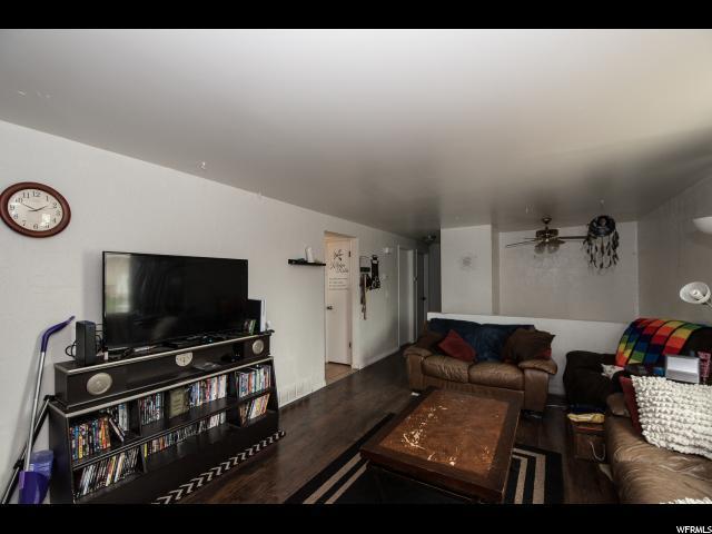 3809 S 6580 W, West Valley City, UT 84128 (#1519043) :: Bustos Real Estate | Keller Williams Utah Realtors