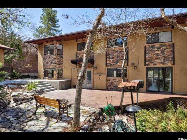 8750 S Kings Hill Dr, Cottonwood Heights, UT 84121 (#1519394) :: goBE Realty