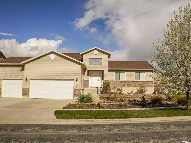 164 S Sam Gates W, Ogden, UT 84404 (#1519435) :: Bustos Real Estate | Keller Williams Utah Realtors