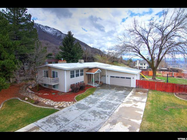 3184 E Wasatch Oaks Cir, Holladay, UT 84124 (#1520019) :: goBE Realty