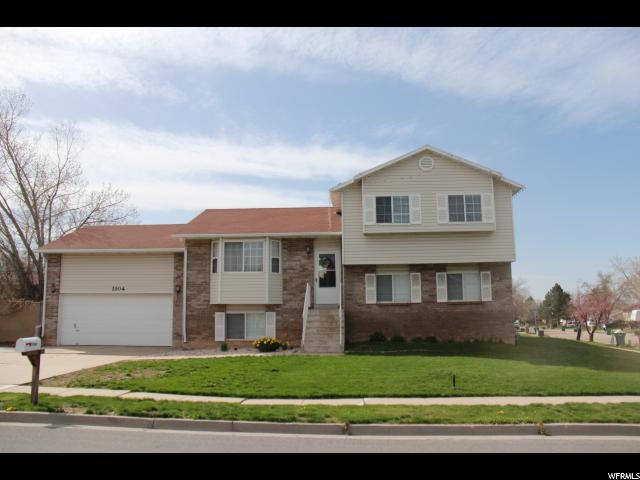 1104 E Cherry Ln, Layton, UT 84040 (#1520177) :: Big Key Real Estate