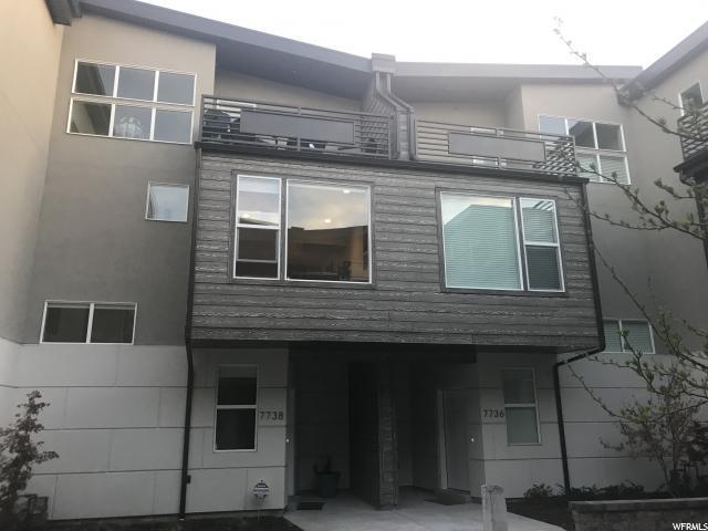 7738 S Rooftop Dr, Midvale, UT 84047 (#1520424) :: goBE Realty