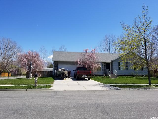 13723 S Homestead Ln, Riverton, UT 84065 (#1520435) :: The Utah Homes Team with iPro Realty Network
