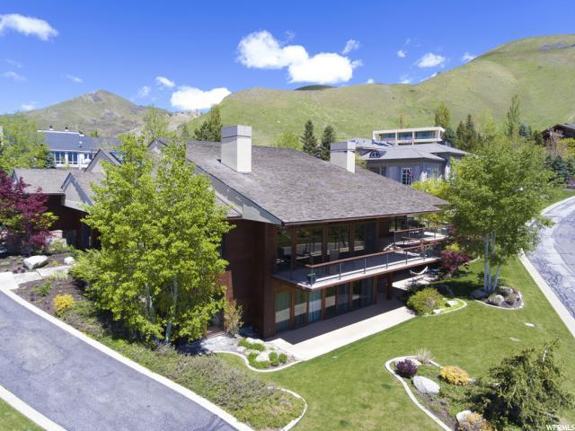 1583 E New Bedford Dr N, Salt Lake City, UT 84103 (#1521606) :: RE/MAX Equity